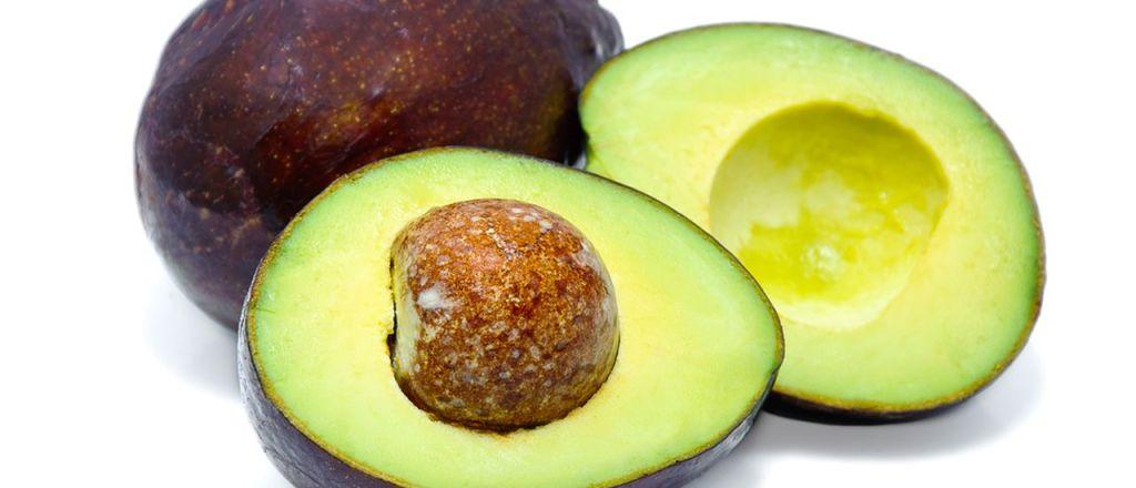 kako se otvara i jede avokado