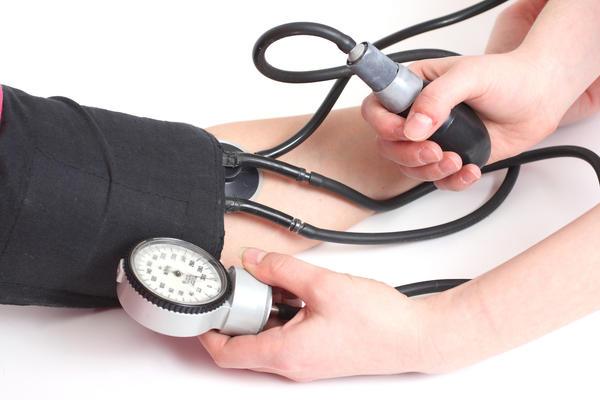 Visok krvni pritisak arterijska hipertenzija - simptomi i lecenje