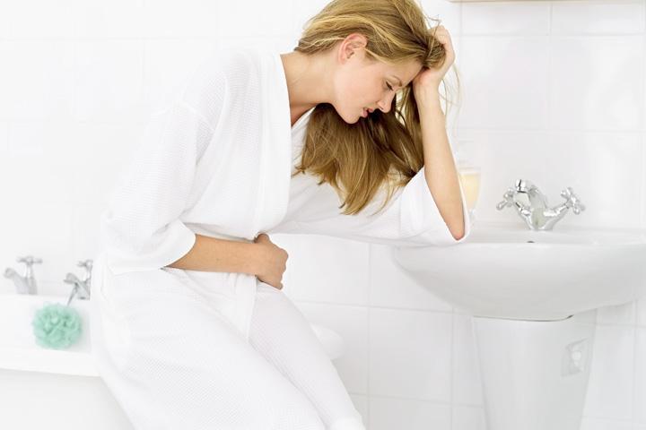 cesto mokrenje kod žena i muškaraca - uzroci, simptomi i lečenje