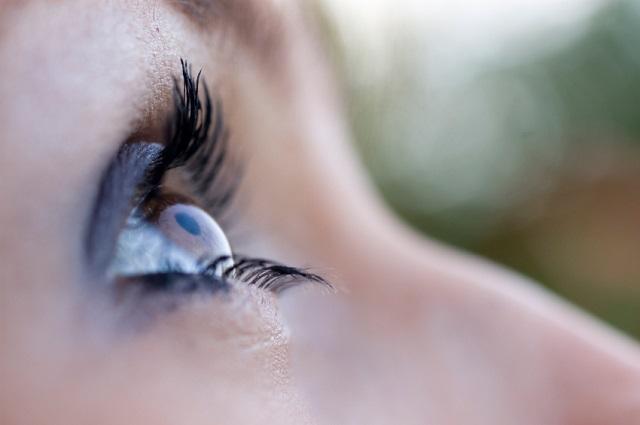 Astigmatizam oka – uzroci, simptomi i lečenje